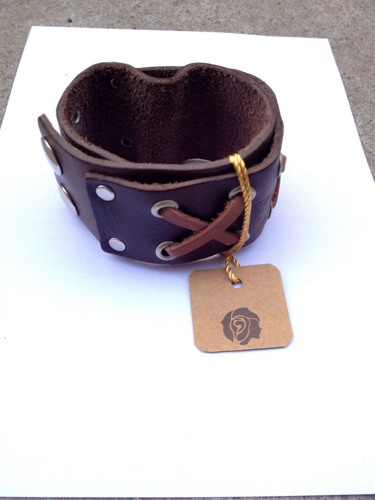Cuff leather braclete