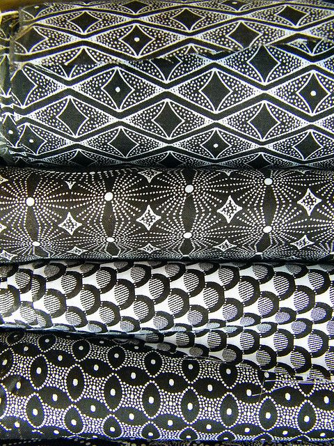 Black  White African Textiles, awesome fabric for a patchwork quilt.