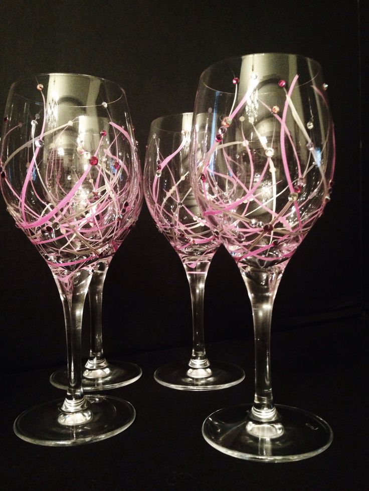 Best 25 painted wine glasses ideas on pinterest hand for Type of paint to use on wine glasses