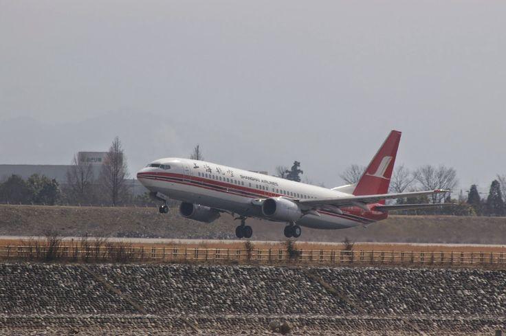 上海航空(富山空港)