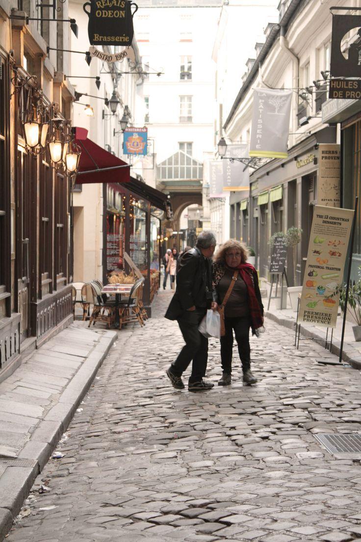 bastille paris street