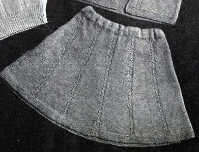 Skirt with Drawn Cables Pattern