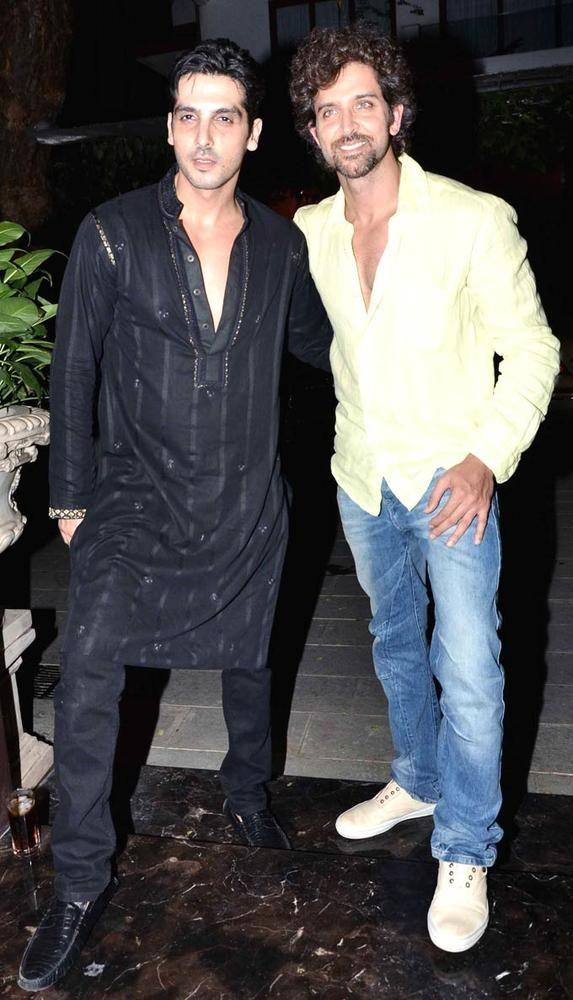 Zayed Khan with Hrithik Roshan at Sanjay Khan's Iftar bash. #Bollywood #Fashion