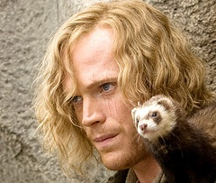 Paul BettanyMovie Inkheart, Inkheart Movie, Character Inspiration, Long Hair, Doces Paul, Favorite Character, Favorite Movie, Dustfinger Inkheart, Paul Bettany
