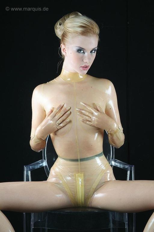 Zlata is rubber girl nude