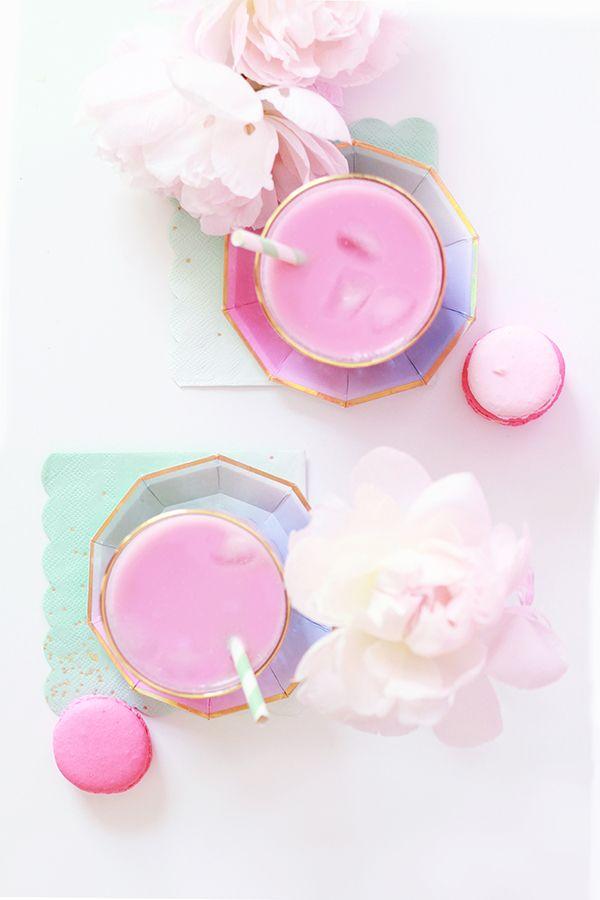 SPIKED VANILLA-COCONUT PINK ICED TEA LATTES