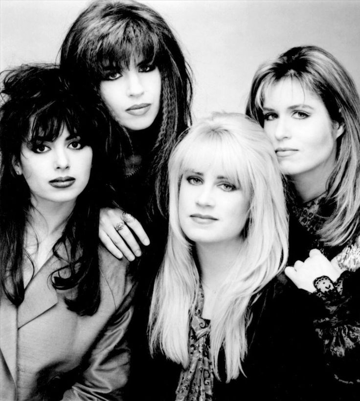 The Bangles  Past and present members : Susanna Hoffs Debbi Peterson Vicki Peterson Annette Zilinskas Michael Steele