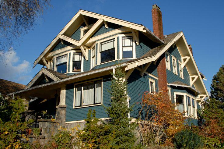 exterior house color ideas | House Colors - Beige and Blue Bungalow - Color Ideas for Your House ...