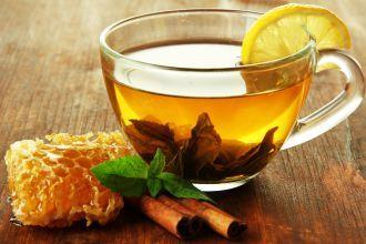 Chá de sálvia com canela e gengibre