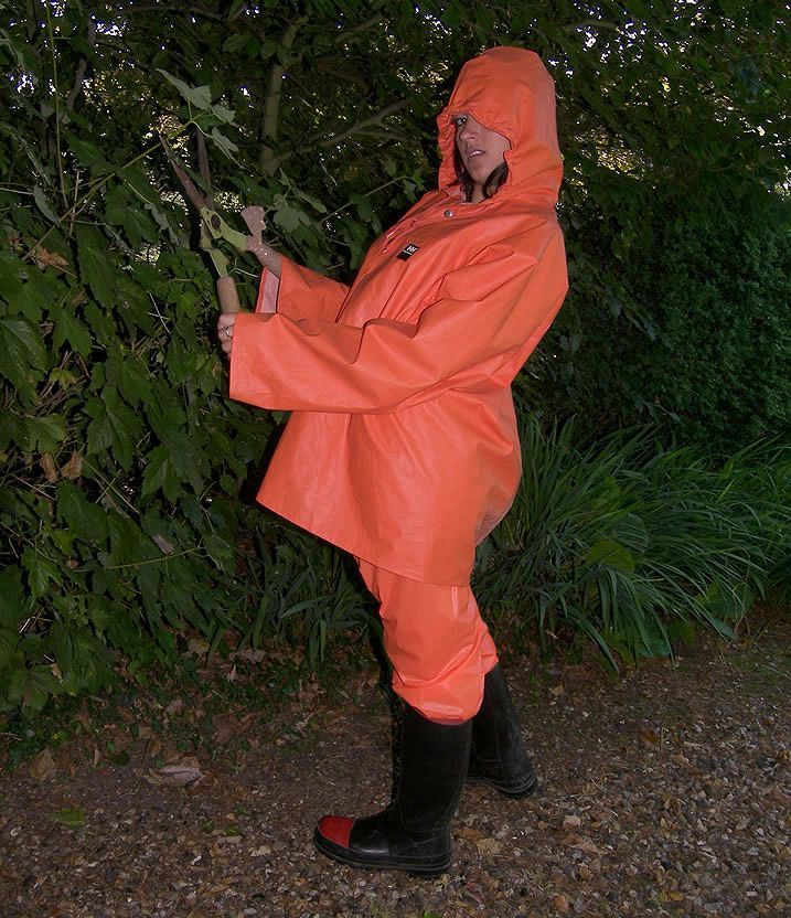 1541 Best Regnt 248 Y Images On Pinterest Latex Rain Gear