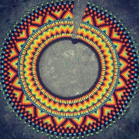 Collar OO (( collar camino)) @arte_embera #newcollection #colombiandesing #newyork #tetutas #yewelry #india #indigenous #diseñocolombiano #indigena #travel #tradiccio