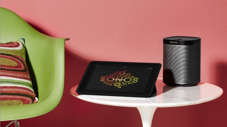 Sonos Play:1, a pint-sized speaker capable of producing sound that fills the room.