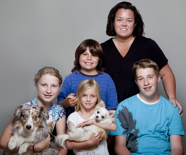 Rosie O'Donnell (comedienne, actress) with children Chelsea, Vivi, Blake & Parker