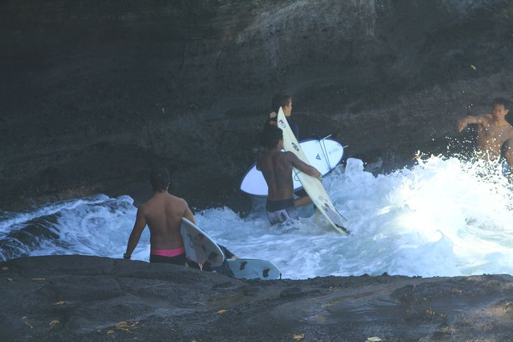 Bali Surf Waves guide will take you to the best surf spots in Bali island, to guide you in surf adventure in Bali island a lot of fun. http://www.balisurfwaves.com/bali-surf-guide/