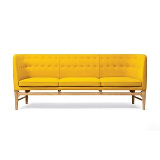 Mayor Sofa | Dwell   designer:   Arne Jacobsen