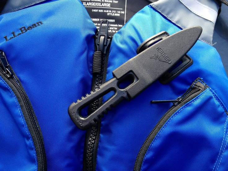 Added a Gerber River Shorty knife to the lash on my PFD