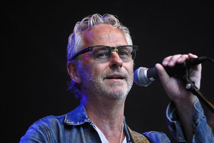 Uno Svenningsson, Swedish singer-songwriter