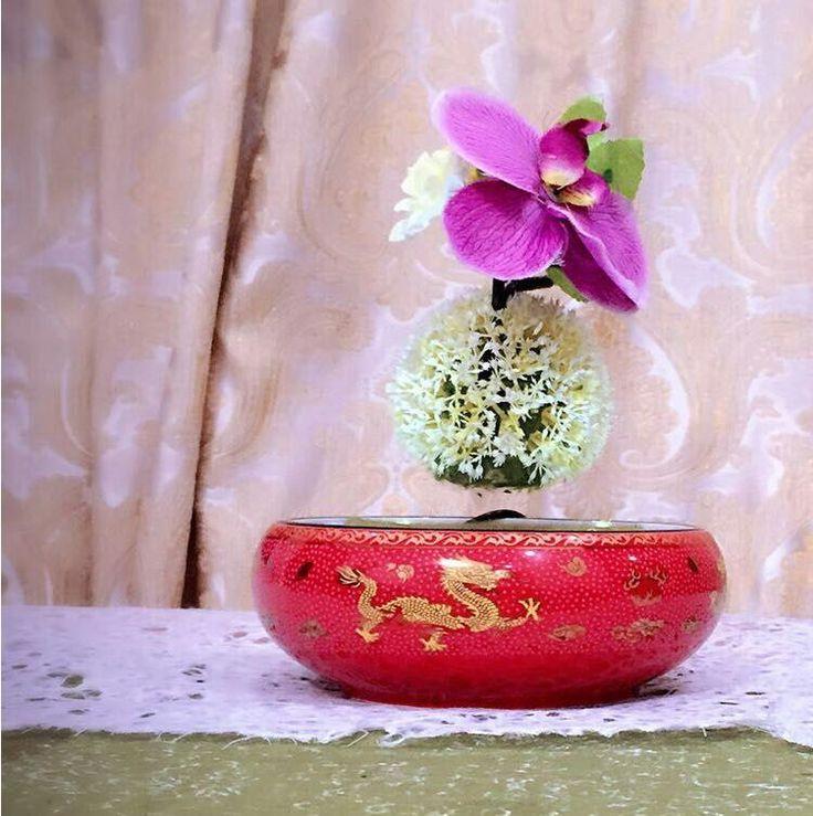 China traditional porcelain-dragon of air bonsai.