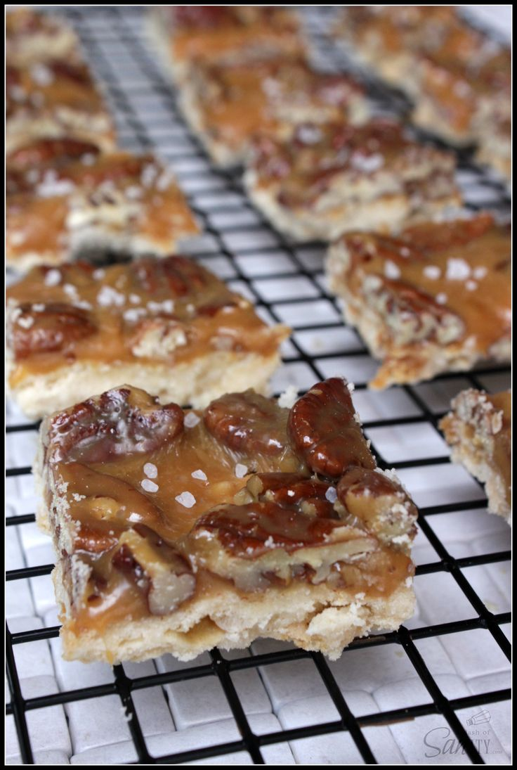 caramel pecan shortbread bars cookies bars brownies sweet desserts ...