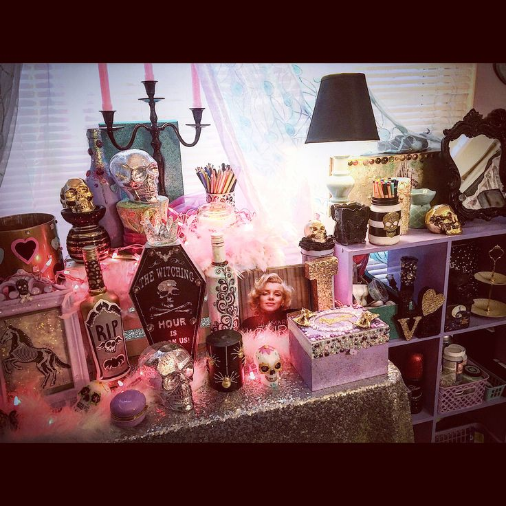 My Pastel Goth Makeup Room Decor. Jaidyn Perkins.