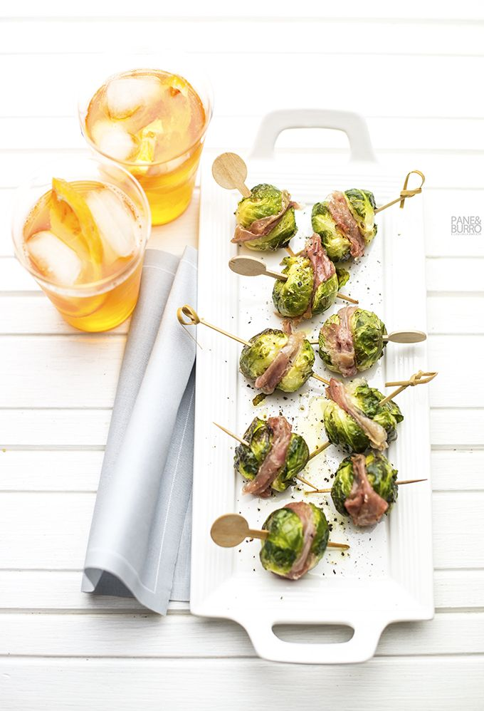 oven roasted Brussel sprouts and prosciutto nibbles by www.pane-burro.blogspot.it