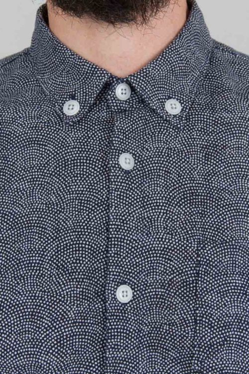 Nice pebble patterned button-down shirt