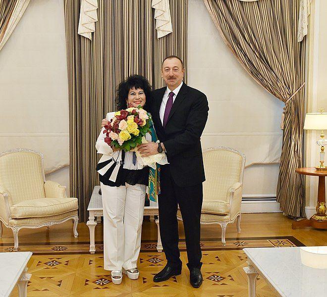 Zeynəb Xanlarova 2016 12 26 Ilham