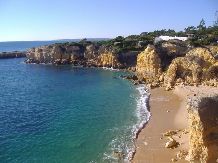 http://traveleze.format.com/traveleze-blog/best-beaches-in-portugal