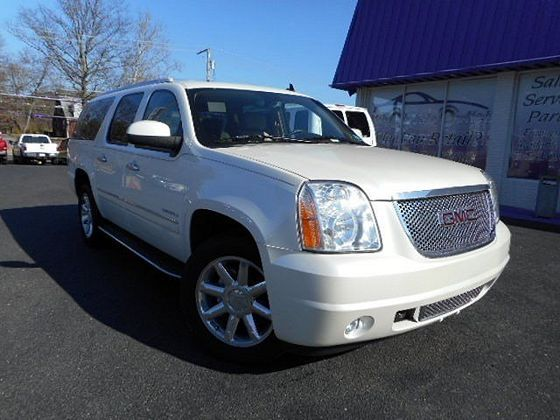 2010 GMC Yukon XL 1500 Denali in Blackwood, NJ Image 2