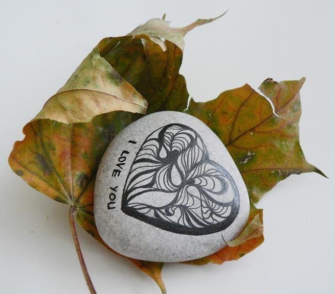 Art Stones - Heart love family weddings favors decoration christmas unique valentine's day gift grafic art rock grey. via Etsy.