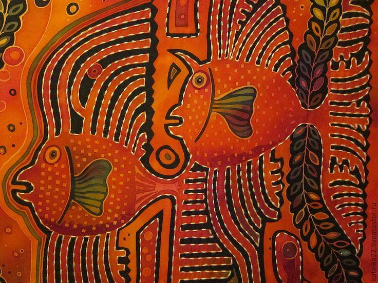 Купить или заказать 'Рыбы-сплетницы' батик-картина в интернет-магазине на Ярмарке Мастеров. Картина выполнена на натуральном хлопке в технике горячего батика. Рисунок авторской по мотивам вышивок индейцев уичоли. Картина вышита шерстяными нитками. Возможно повторение на шелке в варианте платка ( без вышивки), а также изменение цветовой гаммы.