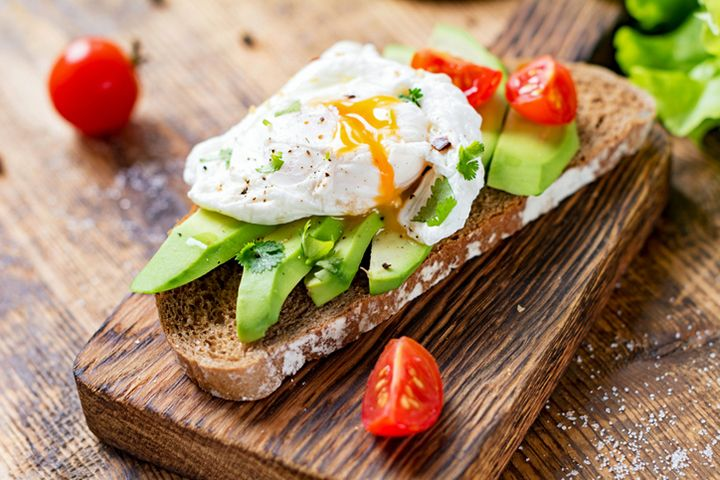 Joy Bauer's Avocado 'n' Egg Toast : Add a dose of healthy fats to your breakfast with this recipe.