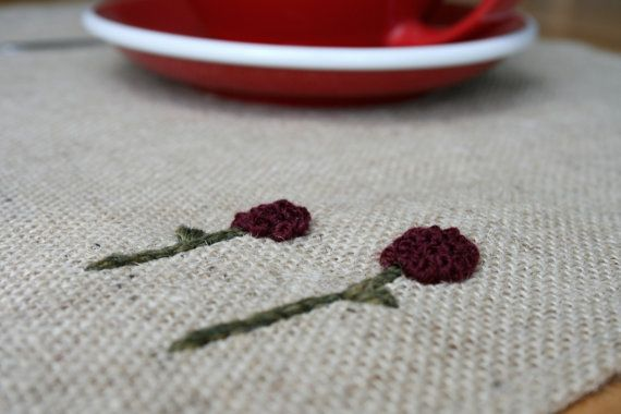 Set di 2 mano ricamati tovagliette di iuta - fiori di nodi coloniale