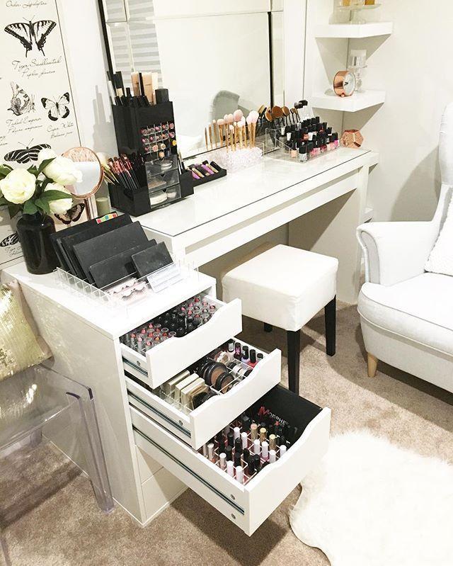 Makeup Organization, Vanity Ideas, Makeup Rooms, Bedroom Decor, Home Decor,  Homemade Home Decor, House Design, Powder Room, Decorating Bedrooms