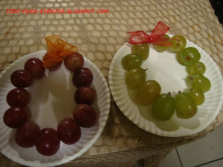 arreglos de ano nuvo originales coronas de uvas para los deseos