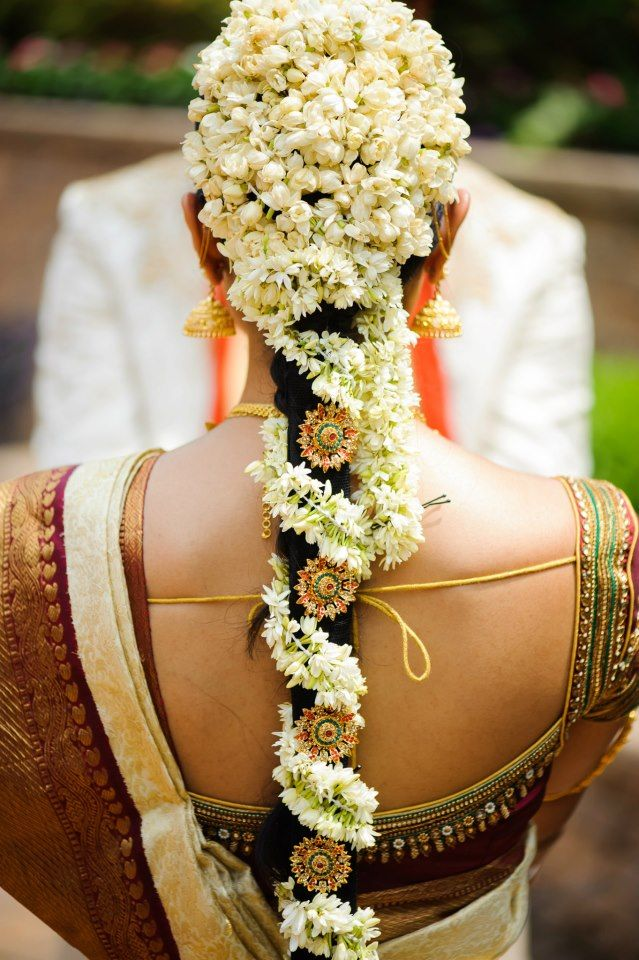 .The South Indian Bride with Mogra Flowers Beautifully done in her hair. #MystiqueWeddingStories