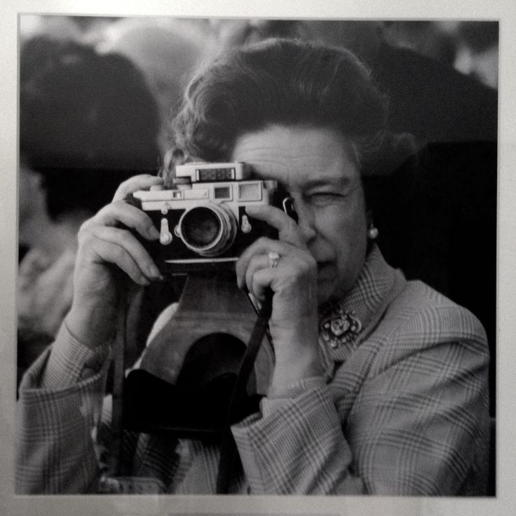 #winstonchurchill #family and #friends photos cover the walls at #WaterMeadowCottage  Smile please #QueenElizabeth