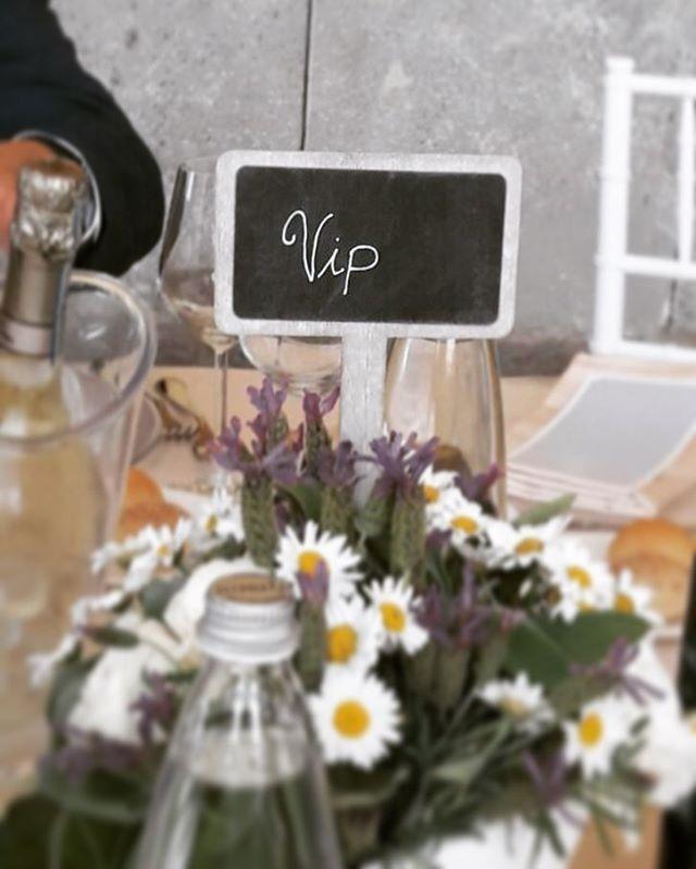 Tavoli di livello #matrimonio#marriage#teambride#flowers#justmarried http://gelinshop.com/ipost/1523972943314312291/?code=BUmPVFNjlxj