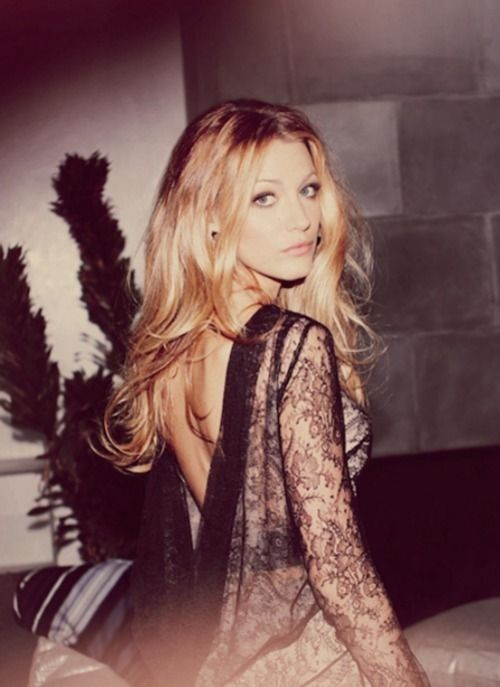 This might be one of the most beautiful pictures of Blake Lively I've ever seen.