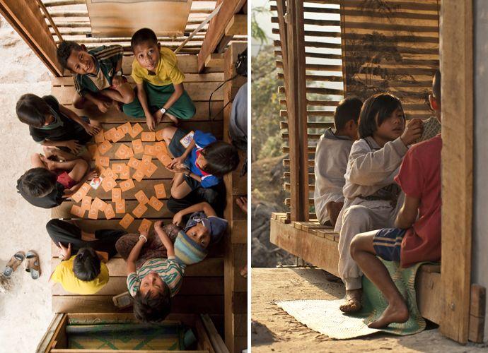 tyin tgnestue, tailandia, bangkok, bambu, sostenible, arquitectura solidaria, arquitectura social, ventilación, autocosnstruccion, local, artesanos, detalle, reciclaje, juegos, biblioteca save have, niños, infantil, pavimento madera