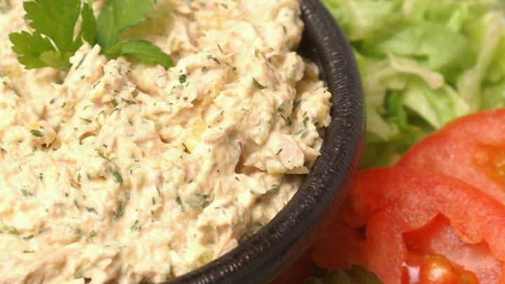 17 best ideas about tuna salad sandwiches on pinterest for Tuna fish salad calories