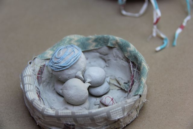 Clay nests and fibres
