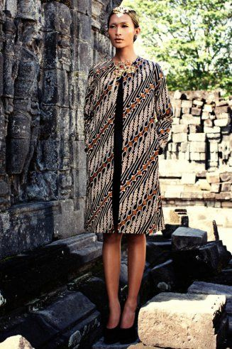 Inspiration of Batik by Iwan Tirta batikretail.com