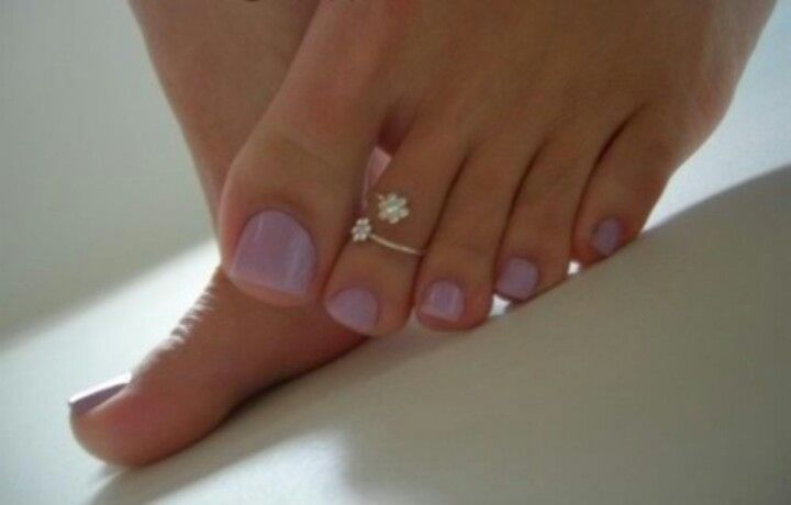 toe ring...had this one. Lost it. :(