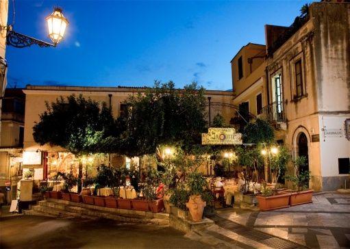 La Botte // Taormina