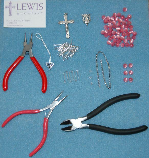 materiales rosario para Santi, averiguar clases maestra Pilar