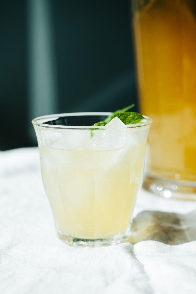 Peppermint tea lemonade