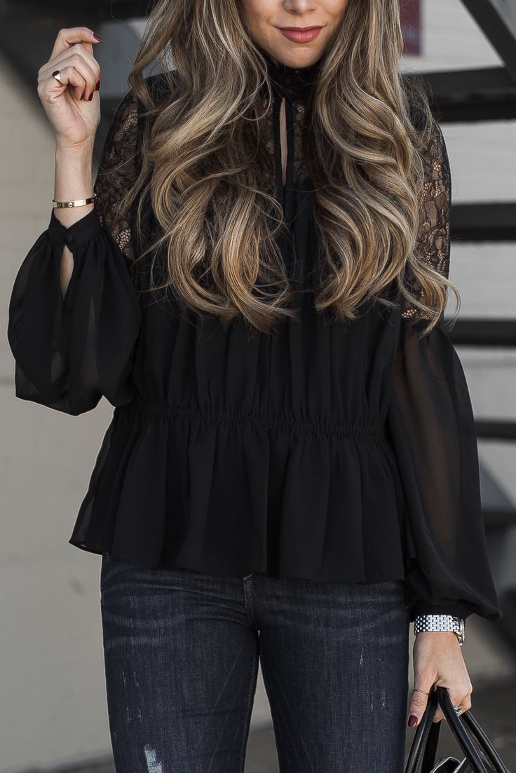 Chic lace, ruffle blouse #fashionista