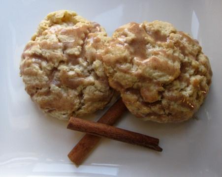 maple oat scones with cinnamon glaze