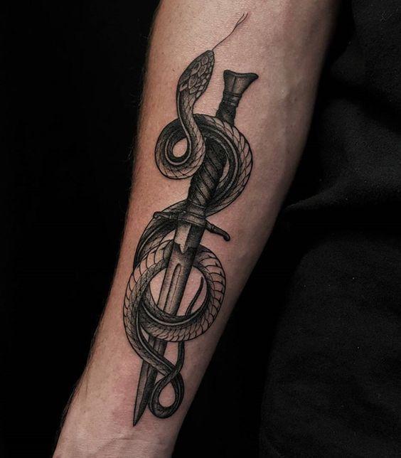 Snake Tattoo: Was heißt das? – Zeichnungen – #Snake #tattoo #Zeichnungen
